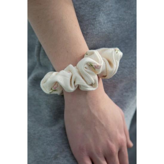 Online Sale Brandy Melville Tan Floral Eyelet Scrunchie